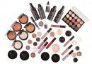Beauty artist pernambucana lança marca de maquiagem
