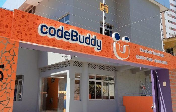 Escola de tecnologia especializada no ensino de programação e robótica chega ao Recife