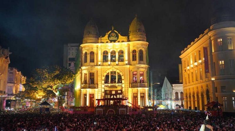 Primeira noite do Casarão Recife Antigo na 14º edição de sucesso