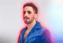 "Cantor Romero Ferro empresta música ""Tolerância Zero"" para projeto que ajudará LGBTs afetados pela COVID-19"
